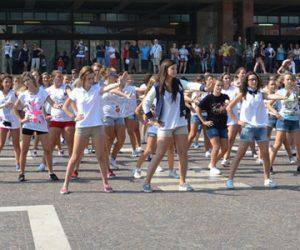 One Direction Venezia video Flash Mob