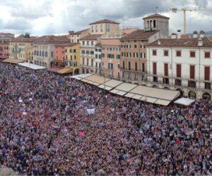 One Direction folla Verona 19 Maggio 2013