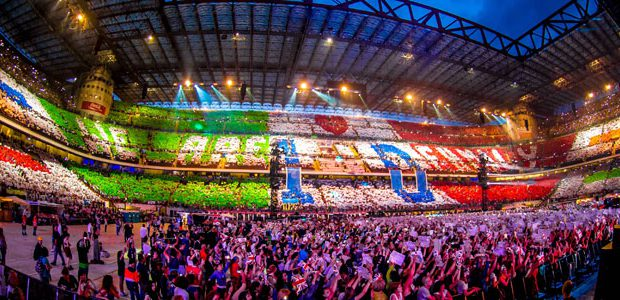 1D Fan Action San Siro Milano