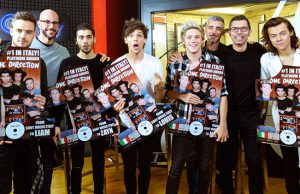 One Direction consegna disco platino FOUR Roma
