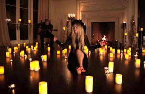 Avril Lavigne video Give You What You Like