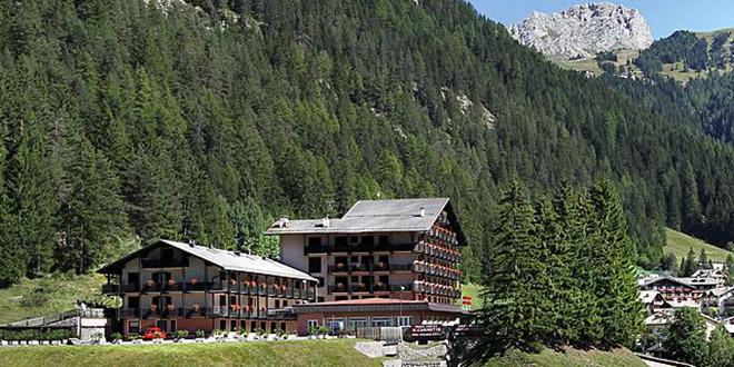 Hotel Il Caminetto Canazei