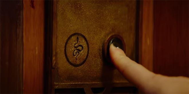 Fantasy Island ascensore bottone
